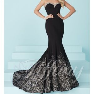 GORGEOUS!! Size 12 Black Pageant Gown by Tiffany